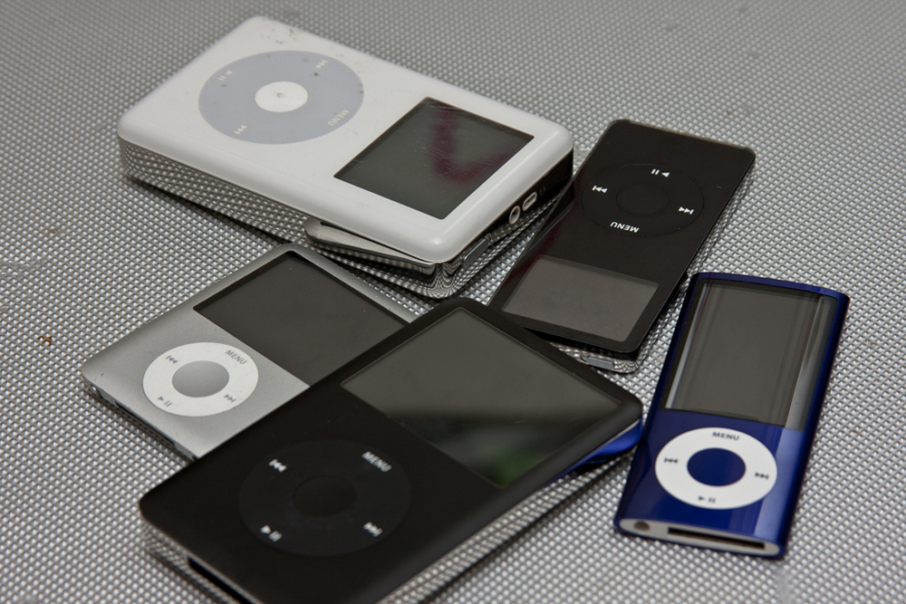A group of five different iPods.