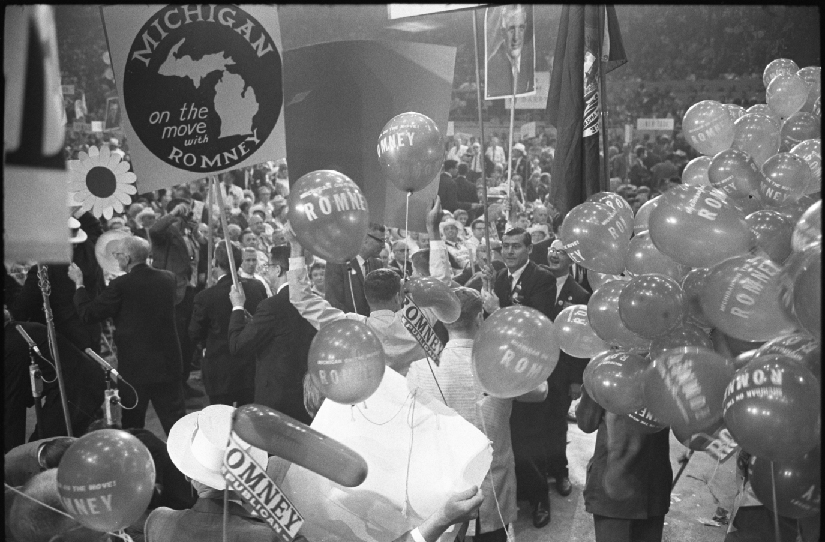 A photo of the Republican national convention in 1964. People hold signs and balloons in support of George Romney.